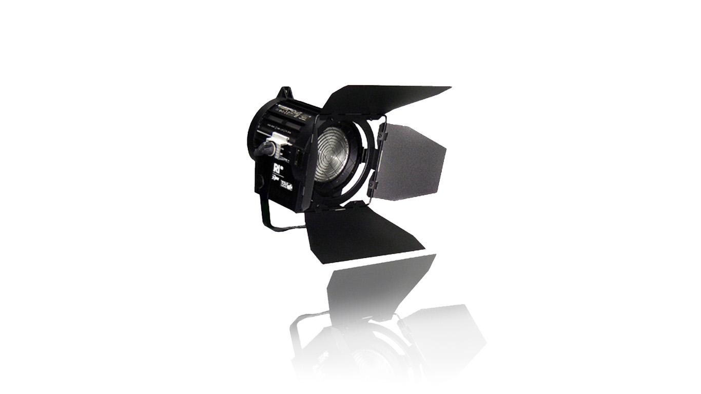 Arri 650W Puls Black, Stufenlinse, Bühnenlicht, Theaterscheinwerfer, Lichttechnik, Glühlicht, Mietbar, HD-Event GmbH Bamberg